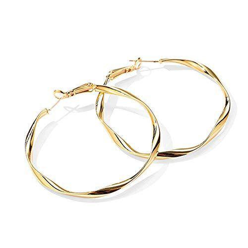 Fashionable earrings Pretty hoop earrings