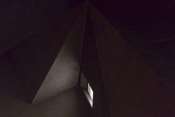 Galería de Ensayo fotográfico retrata la Iglesia de Neviges del arquitecto Gottfried Böhm - 8