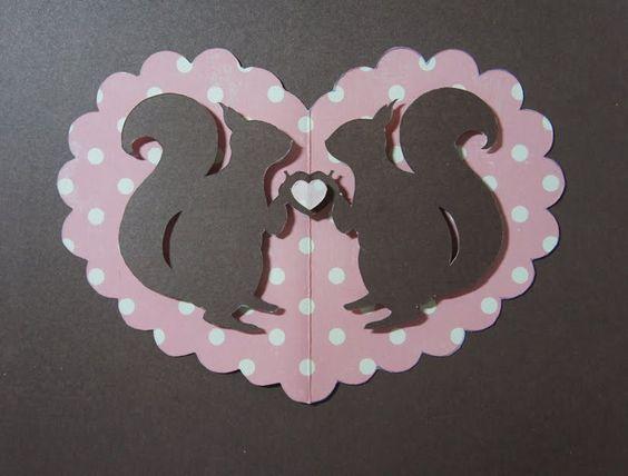 Scherenschnitte: Template Tuesday - squirrels in love paper-cutting template