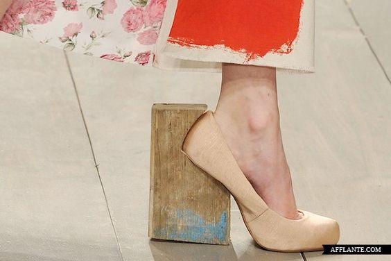 S-S 2012_Helen Bullock_fashion_collection_main