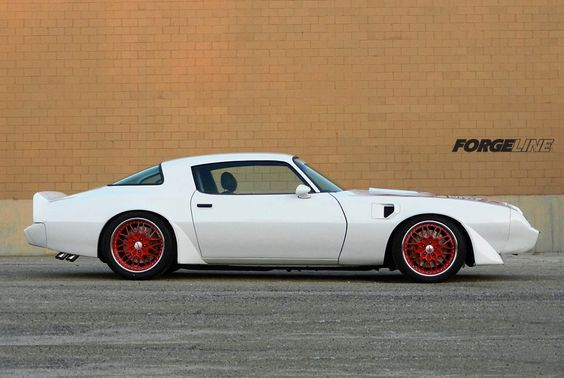 Love this car!!!!! Congrats to Schwartz Performance Inc. for winning the Popular Hot Rodding Muscle Car of the Year title with their 1300 HP twin turbo 1981 Pontiac Trans Am on Schwartz chassis, RideTech coilovers, and Forgeline TA3 wheels.