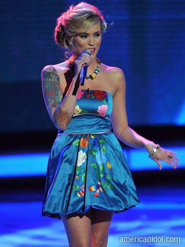 "The judges agreed Megan Joy looked absolutely stunning in this blue dress during her performance of ""For Once In My Life""."