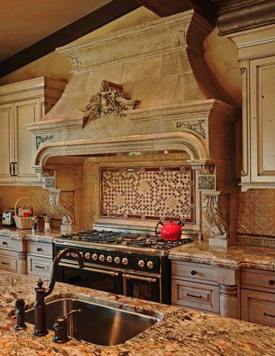Custom Kitchen Hood - traditional - kitchen - toronto - Tartaruga Design inc.