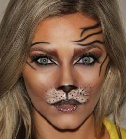Warm smokey cat eye Halloween makeup