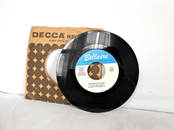 Vintage 45 Brynda and the Bellaires Record by DreamscapeVintage