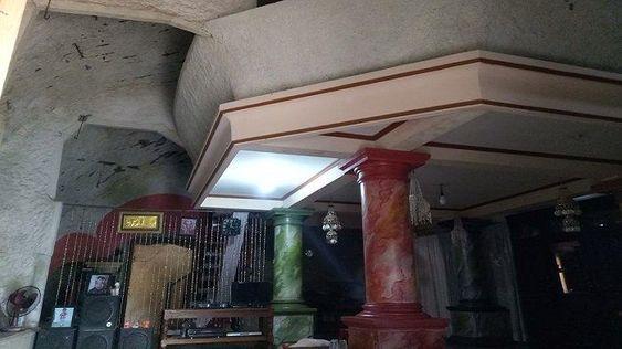 Rumah di Wonogiri Mendadak Viral, Luarnya Berbentuk Batu Tapi Isinya Megah