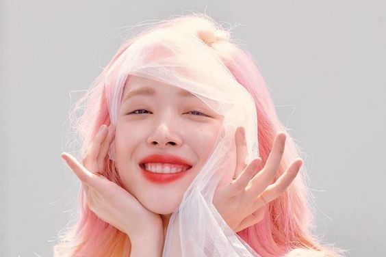 Sulli Shares Why She Tries Not To Worry About What Others Think Of Her