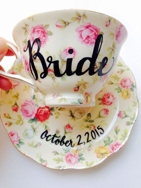 Toast to the new #bride with this #shabbychic tea cup. Ideal for some bubbly, mimosas or just some plain old English Breakfast: