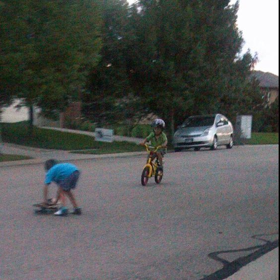 August of summer 2012 already riding a bike at 3 years old without training wheels