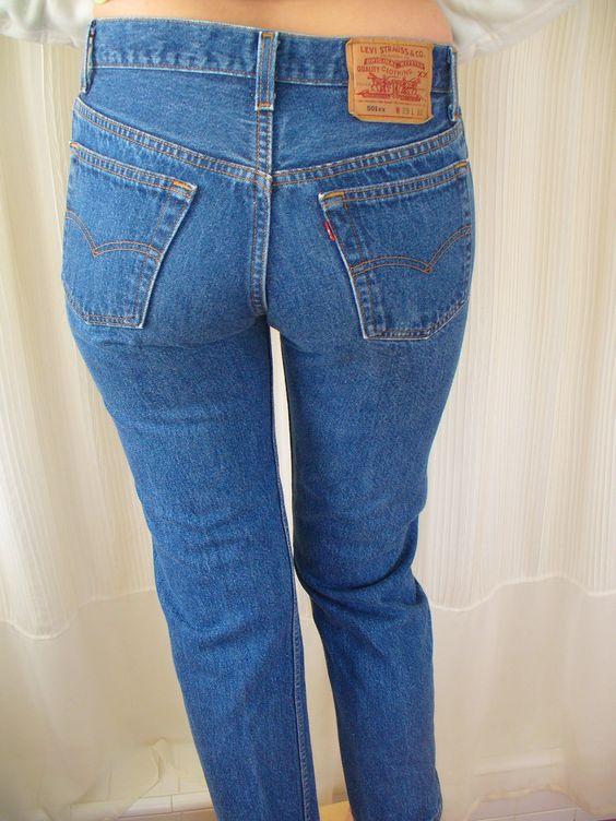 Vintage Levi's 501 Jeans - Button Fly   Vintage, Levis jeans and Levis