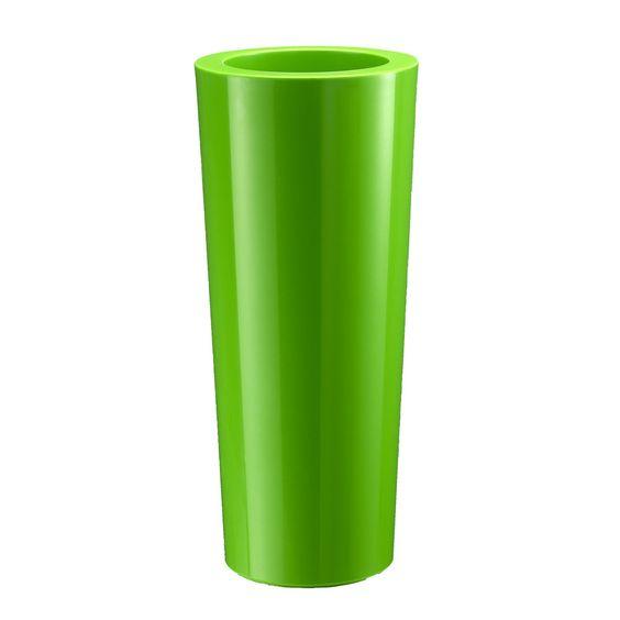 Der Kunststoff-Pflanzkübel CONO 78 überzeugt mit seinem modernen, zeitlosen Design. In Kombination mit der grün glänzenden Oberfläche setzt der Blumenkübel sowohl auf der heimischen Terrasse und im Garten als auch in Büroräumen und Arztpraxen optische Akzente. Einem vielseitigen Einsatz steht nichts im Wege!