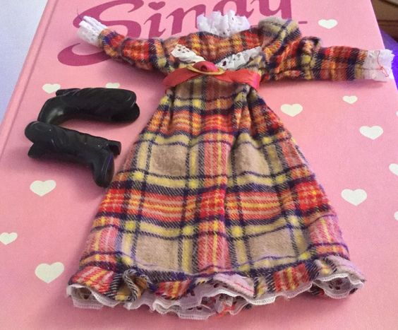 Vintage Sindy Highland fling boutique outfit with boots | eBay