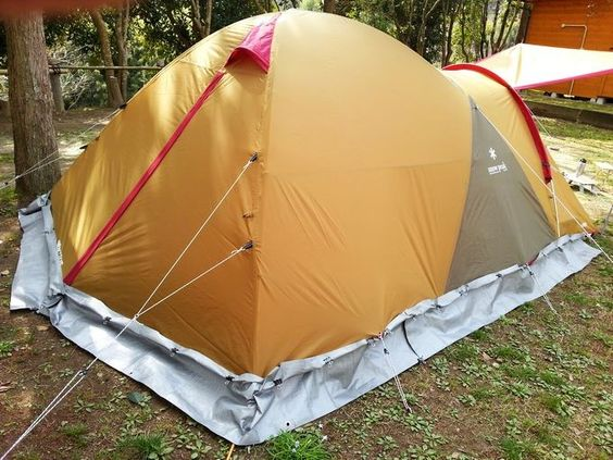 自作スカートでテントの防寒対策 800円で効果絶大 魅惑のキャンプ キャンプのコツ テント アウトドアバー
