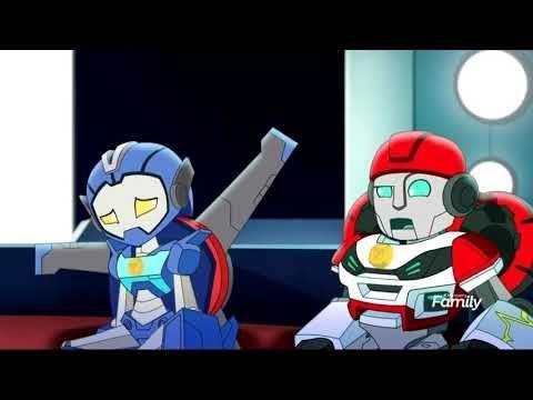 Transformers Rescue Bots Academy The Team Tired Stuck In The Tube Youtube Transformers Rescue Bots Rescue Bots Hasbro Studios