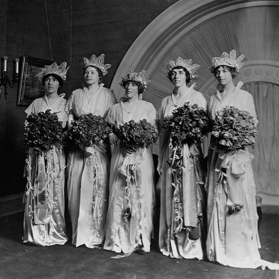 """Brides.com: When Presidential Offspring Marry. Jessie Wilson and Frances Bowes Sayre, November 1913. Jessie, a college graduate with an interest in social work, generally avoided the public eye, and so her wedding was as a fairly quiet one by White House standards, with a private ceremony and no news releases. The bridesmaids wore various shades of pink satin over silver petticoats. The New York Times noted that """"few society guests [will be] at [the] Wilson wedding"""" and that the wedding cake wo…:"""