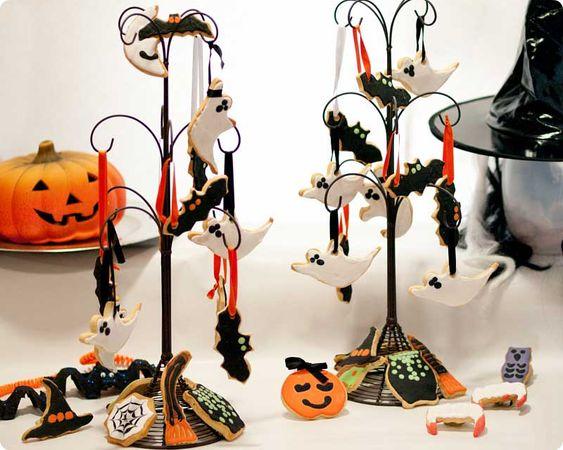 Con las galletas decoradas se puede hacer absolutamente de todo! En esta ocasión vamos a hacer motivos para Halloween: brujas, pócimas, dentaduras, fantasmas