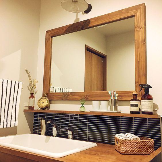 バス トイレ 木枠の鏡 洗面所 棚 洗面所 造作洗面化粧台 などの