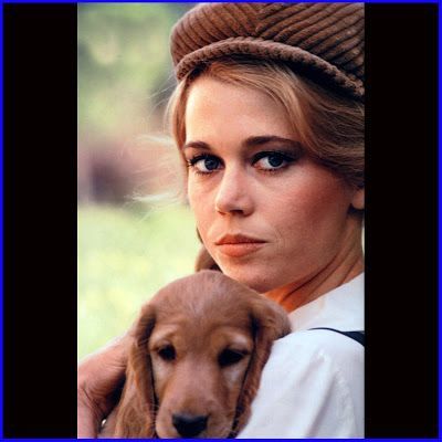 0 Jane Fonda with a puppy