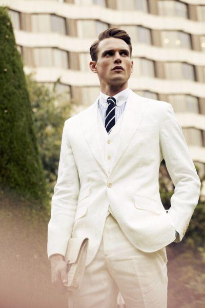 model-hommes:  Guy Robinson for GQ Germany. PH:Nacho Alegre.   http://www.styleclassandmore.tumblr.com