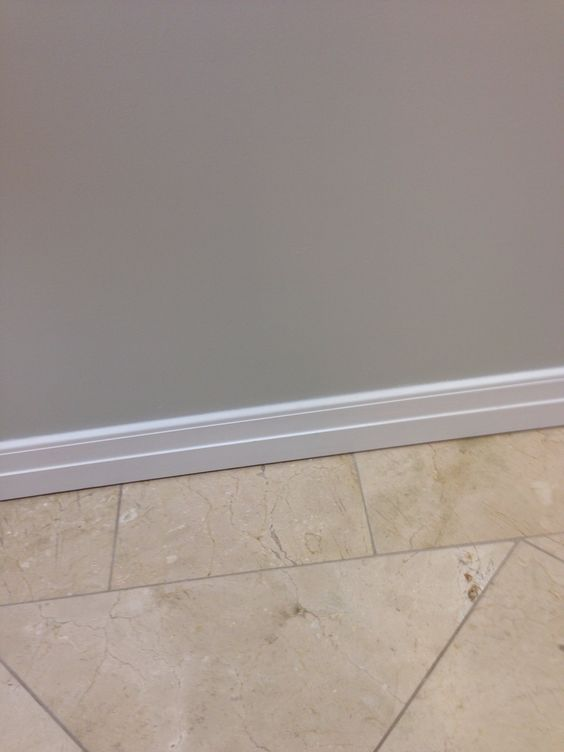 Gray Walls Travertine Color Combo Flooring