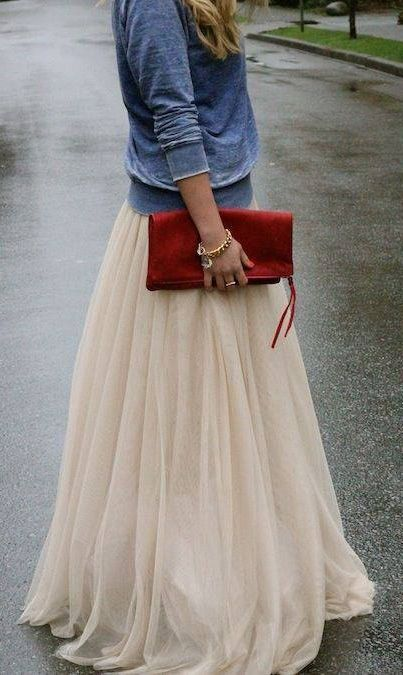 One of the only maxi skirts I'd ever consider wearing. I like that it actually has a shape. It's not just limp and sad. So cute. -E