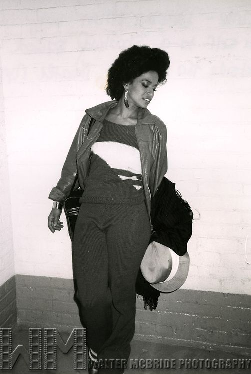 Debbie Allen attending a performance of Loretta Lynn On Broadway at the Majestic Theatre in New York City, October 1982  © Walter McBride