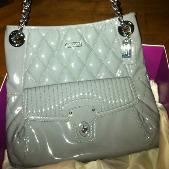 Coach purse <3