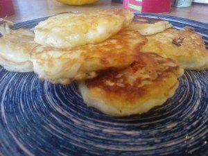 Macaroni en kaas pannekoekjes. HEEL lekker!