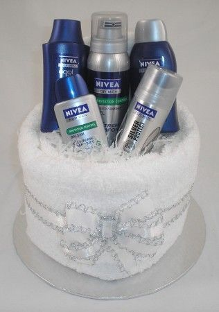 Nivea for Men Pamper Cake. Idea of present for Christmas . Www.justfrenchstyle.com