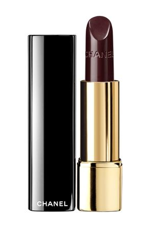 Must try : Chanel rouge allure rouge noir (with the matching nail polish, of course)