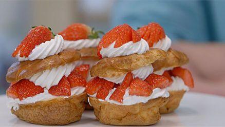 Recept - Heel Holland Bakt: Aardbeiensoezen - met Zonnigfruit