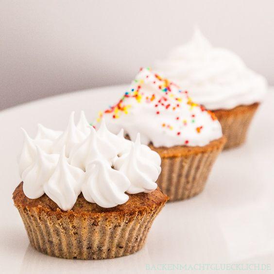 Die beliebtesten CUPCAKE-FROSTINGS (Buttercreme / Frischkäse / Schokolade / Meringue / Weisse Schokolade / Zuckerguss / Mascarpone / Baiser)