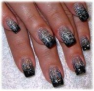 Easy Nail Polish Designs Glitter1