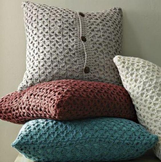 sehr interessante kissen stricken vier wundersch ne modelle ideen rund um haus garten und. Black Bedroom Furniture Sets. Home Design Ideas
