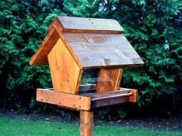 Bauanleitung: Vogelhaus mit Futterspender