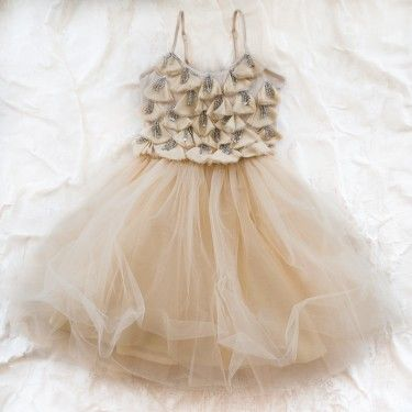 tu tu: Tutu Flower Girls, Angel Tutu, Tutu Dresses, Wedding Dress, Retro Flower, Flower Girl Dresses, Flower Girl Tutu