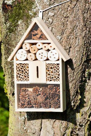 Insektenhaus aus Holz