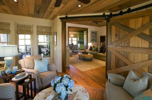That barn door is a bit of awesome.