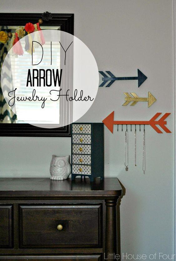 Wood Arrow Jewelry Organizer | Little House of Four: Wood Arrow Jewelry Organizer
