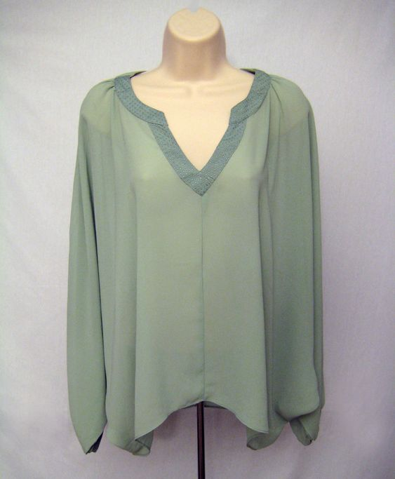 VERY J Women Size S Green Tunic Blouse Top Batwing Sleeve Asymmetrical Hem #VERYJ #BlouseTunic #Casual