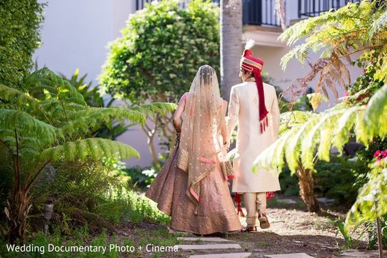 Lovely indian couple in their pre wedding photoshoot http://www.maharaniweddings.com/gallery/photo/85037