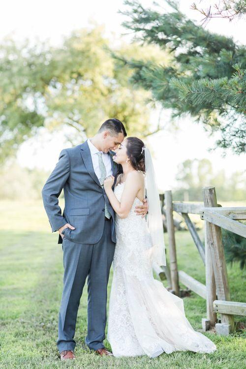 Nickajack Farms Summer Wedding Akron Ohio Wedding Photographer Outdoor Wedding Inspiration Ohio Wedding Ohio Wedding Venues