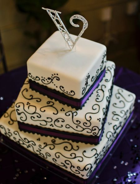 wedding cake for 50 people | Visit the website for Heritage Wedding Cakes .