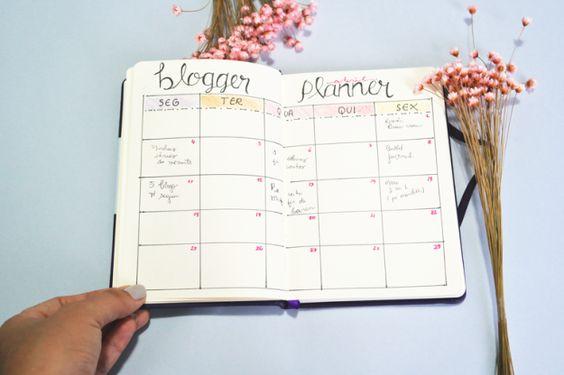 Eis um planejamento mensal para visualizar sua rotina como um todo: