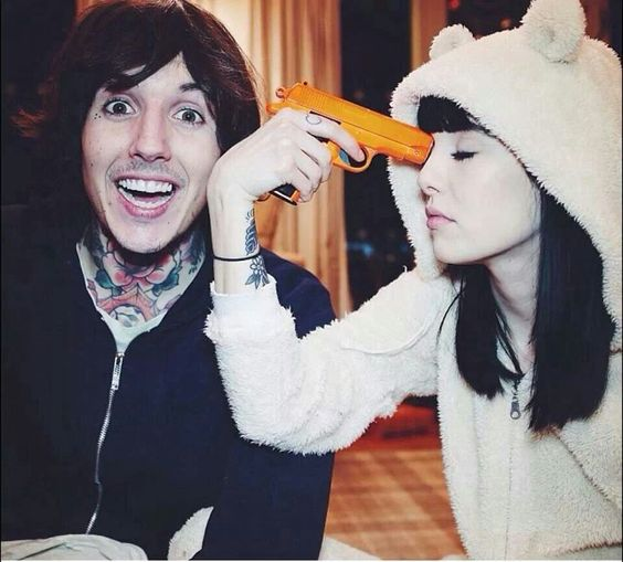 Oliver Sykes and the girlfriend. | Beautiful men ...