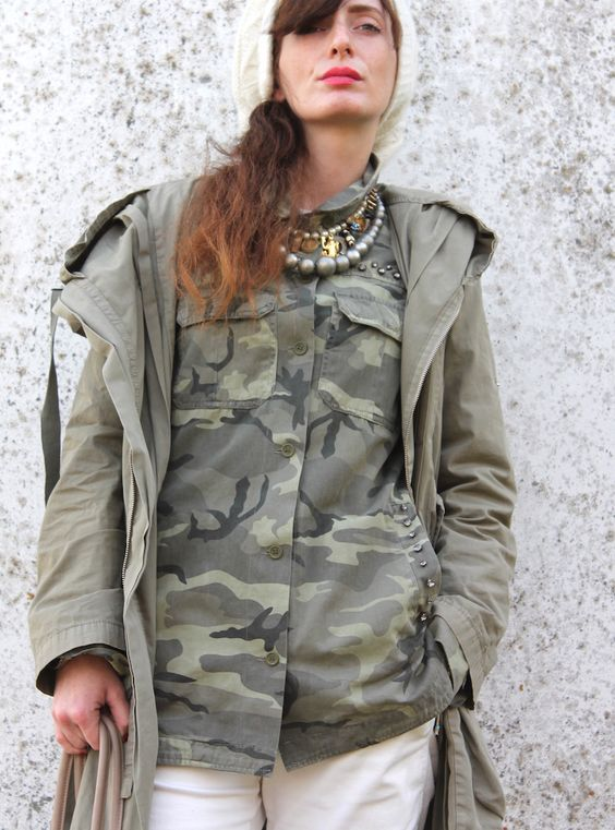 """easy outfits :)  #outfit #fashionblog #fashionblogger #camo #salopette #dungaree #bags #silver #metallic #shoes #boots #veganshoes #necklace #parka #coat #white #natural #charms #cat                             LOOK with coat BAG - """"ONE BAG"""" by CACO DESIGNinstagramfacebook COAT old SWEATER - Doppiosegno A/1 2014/2015 SALOPETTE / DUNGAREE by H&M NECKLACE made by me - info - thefashionamy@hotmail.com BAND by H&M BOOTS by DECIHMANN SS15instagram -facebook  LOOK with parka BAG - """"ONE…"""