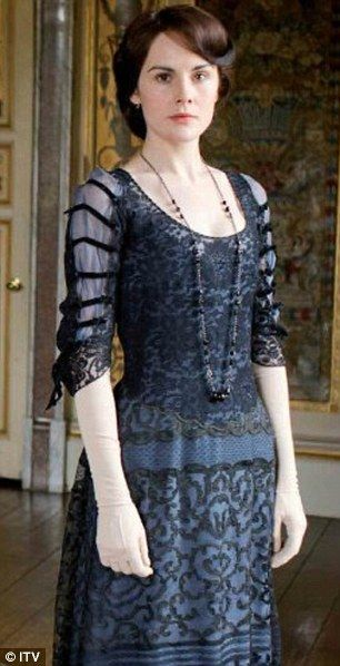 downton abbey lady mary crawley striped dress | Downton Abbey's Michelle Dockery swaps her corset for a retro look ...