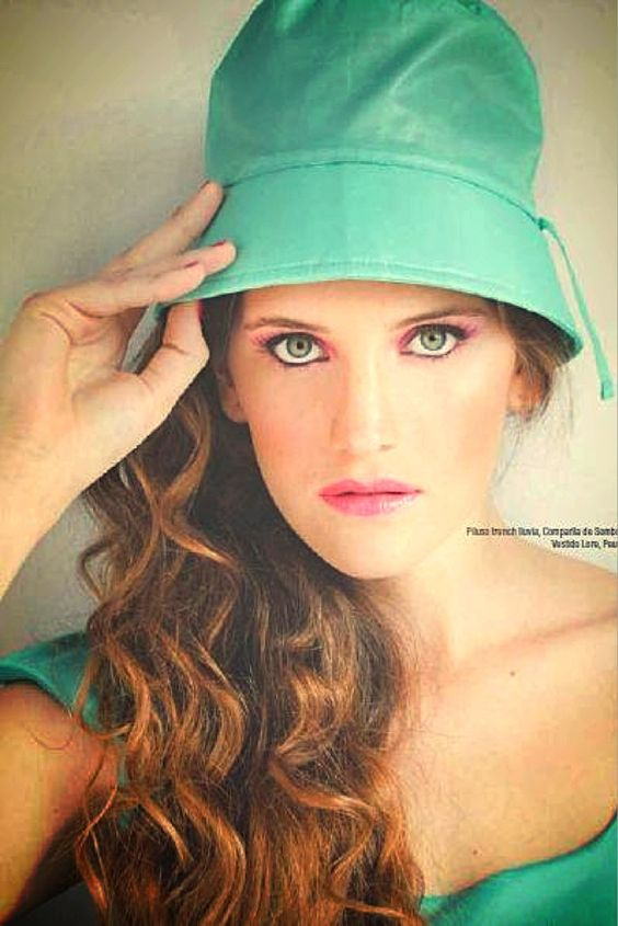 Compañía de Sombreros - Revista 7 Días