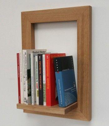 Transformer un cadre en bois en une belle étagère pour entreposer des livres, voilà une idée de déco originale. Il fallait y penser. Facile à réaliser soi même : il faut trouver un beau cadre en bois, on ne garde que l'encadrement. Puis on colle ou on...: