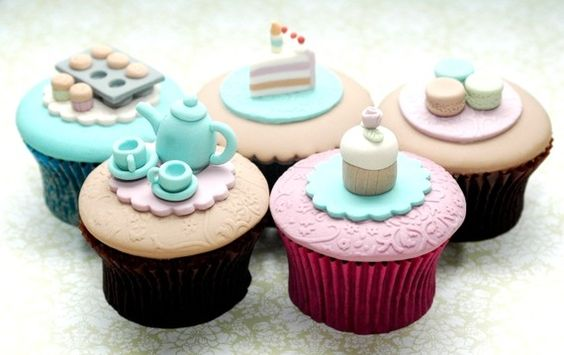Okay, technically these instructions are for cupcakes to eat, but I'd rather do this with sculpey and keep them to look at or play with. High Tea Set of 5 Cupcakes PDF Tutorial by joscupcakegallery, $18.95